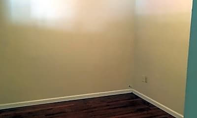 Bedroom, 103 Green St, 2