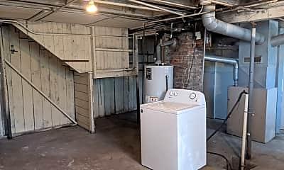 Kitchen, 221 Grove St 221, 2