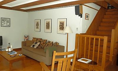 Living Room, 125 Taconic Creek Rd, 2