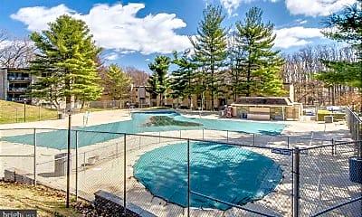 Pool, 12403 Braxfield Ct 11, 2