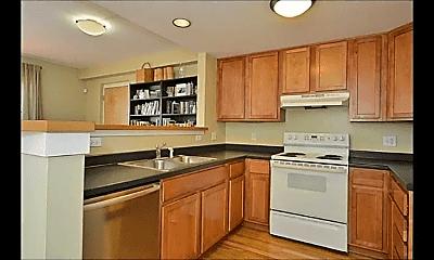 Kitchen, 233 Douglas Ave, 1