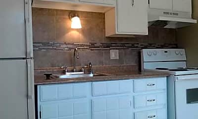 Kitchen, 791 W Prentice Ave, 2