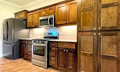 Kitchen, 599 Quartz Wy, 1