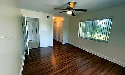 Living Room, 5612 Rock Island Rd 156, 2