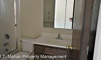 Bathroom, 311 Brosnan Ct, 2