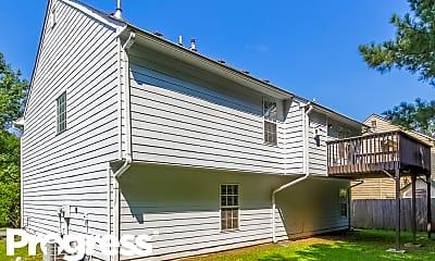 Building, 680 Castlebrooke Dr, 2
