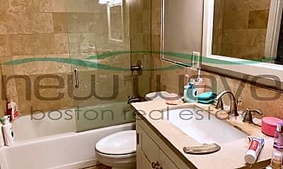Bathroom, 980 Tremont St, 1