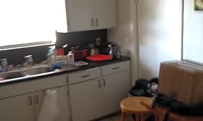 Kitchen, 3102 Cedar St, 1