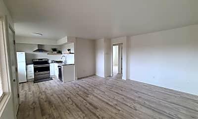 Living Room, 1608 E Mission Ave, 1