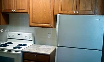 Kitchen, 2920 NW 55th Ave 1B, 0