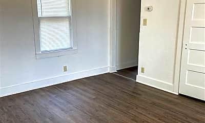 Bedroom, 2205 Duval St, 2