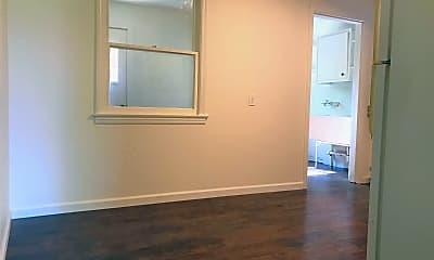 Bedroom, 2021 El Reno Ln, 1