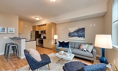 Living Room, 1415 SE Pardee St., 1