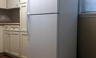 Kitchen, 237 S Walnut St, 1