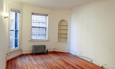 Living Room, 4717 N Winchester Ave, 1