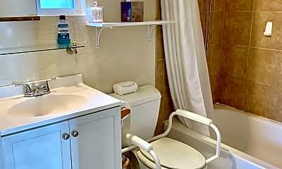 Bathroom, 1648 N 1st Ave, 1