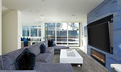 Living Room, 627 E Hopkins Ave, 0