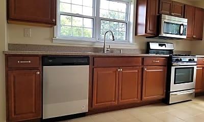 Kitchen, 1328 Pocono St, 0