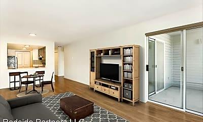 Living Room, 4301 SW College St, 1