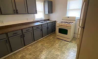 Kitchen, 826 5th Ave, 1