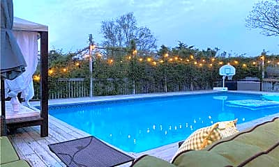 Pool, 9 Tanners Neck Ln, 1
