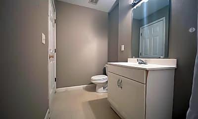 Bathroom, 723 Osborn Dr, 2