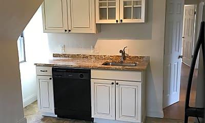 Kitchen, 821 Highview St, 0