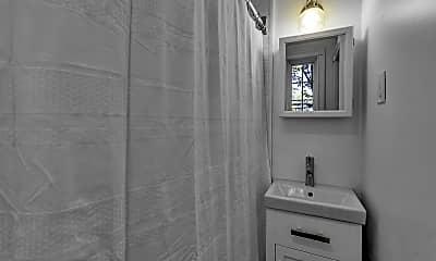 Bathroom, 101 N Pearl St, 2