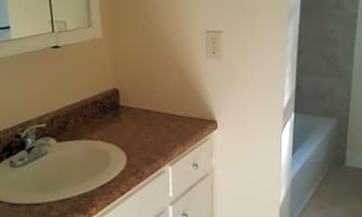 Bathroom, 1201 N Juniata St, 1