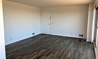 Living Room, 855 Burnett Ave, 1