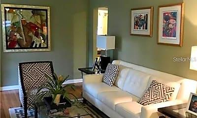 Living Room, 2706 Fairmount Ave, 1