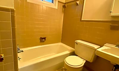 Bathroom, 103 Melinda Dr, 2