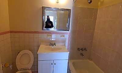 Bathroom, 94-20 59th Ave, 1