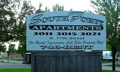 Community Signage, 3011 S 17th St, 1