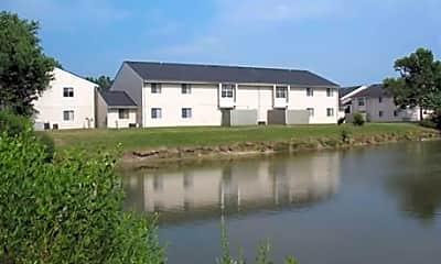 Bridle Creek Apartments, 1