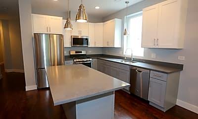 Kitchen, 2641 W Potomac Ave, 1