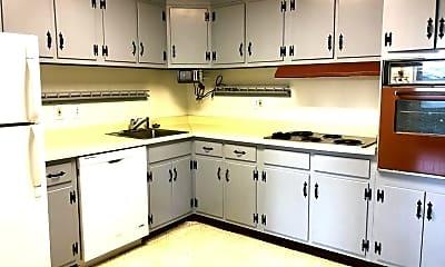 Kitchen, 1101 St Paul St 1105, 2