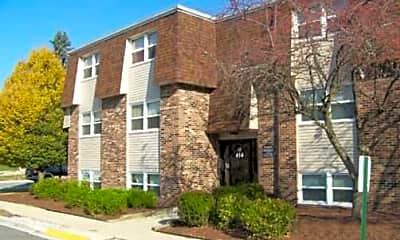 Avery Glen Apartment Homes, 2