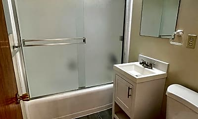 Bathroom, 2201 Princeton Dr, 2