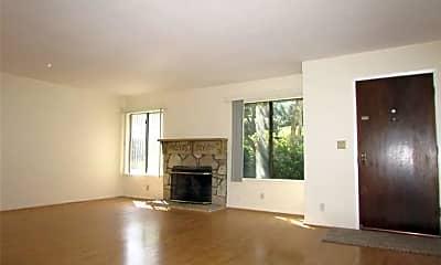 Living Room, 28003 Ridgebrook Ct, 1