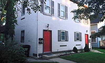 Building, 918 N 6th St, 1