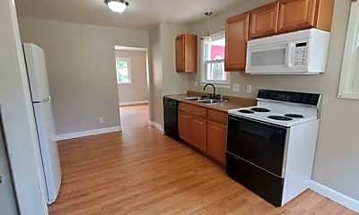 Kitchen, 1517 E 18th St, 1