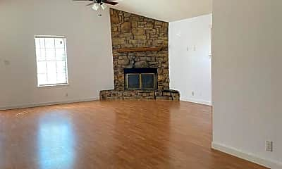 Living Room, 4732 Country Club Dr, 1