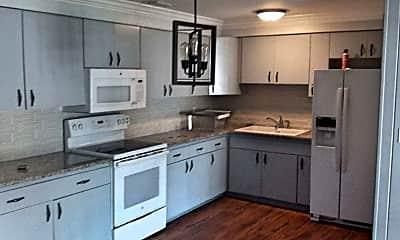 Kitchen, 729 Franklin Ave, 1