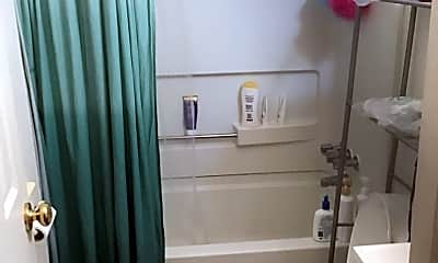 Bathroom, 292 King Ave, 1