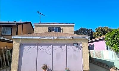 Building, 957 E 112th St, 0
