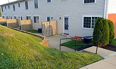 Rolling Hills Townhomes & Cottages, 2