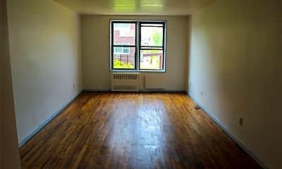 Living Room, 25-34 Crescent St, 1