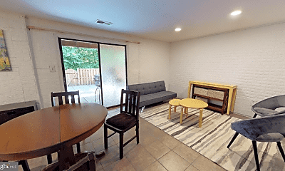 Living Room, 6080 Hollow Hill Ln, 1