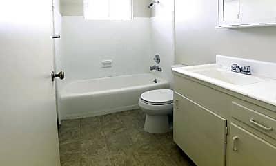 Bathroom, Village Oaks, 2